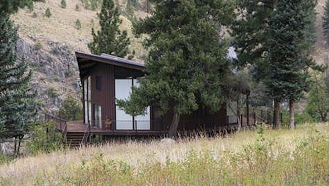 Idaho Ranch House, Accessible By Small Aircraft Or Boat, Asks $795,000