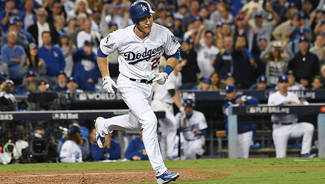 Chase Utley Refuses to Go Away