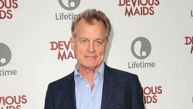 """7th Heaven"" Star Stephen Collins Confesses to Sex Abuse of Young Girls"