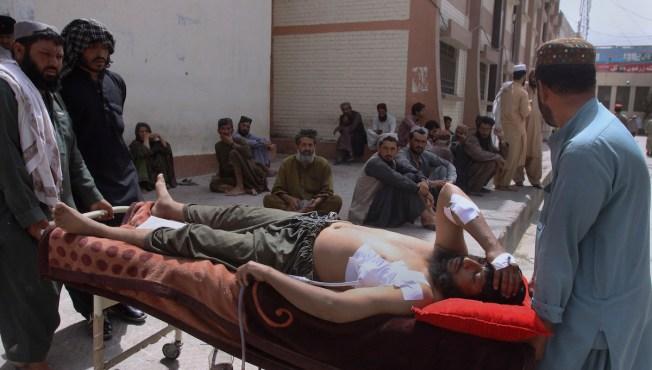 Former Pakistan Prime Minister Sharif in Custody as 132 Die in Pakistan Election Violence