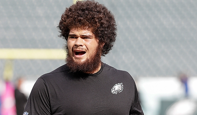How Is Isaac Seumalo Dealing With Tough Week, Possible Benching?