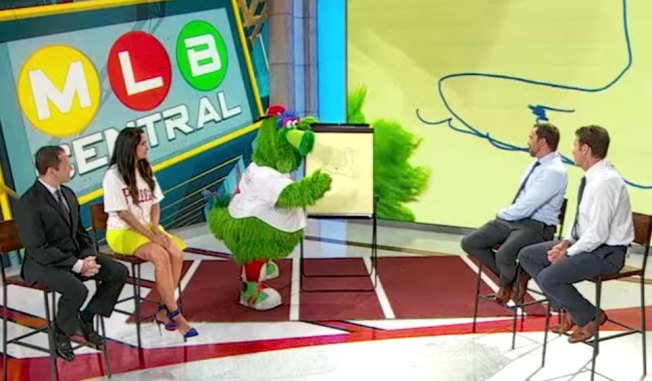 The Phillie Phanatic Was Surprisingly Good at 'Pictionary' on MLB Network