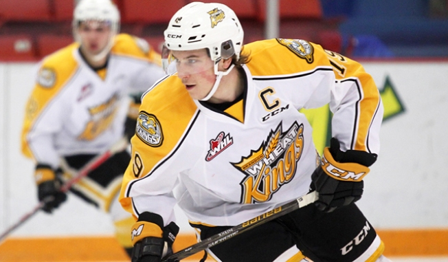 Top NHL Draft Prospects Nolan Patrick, Nico Hischier Get CHL Awards
