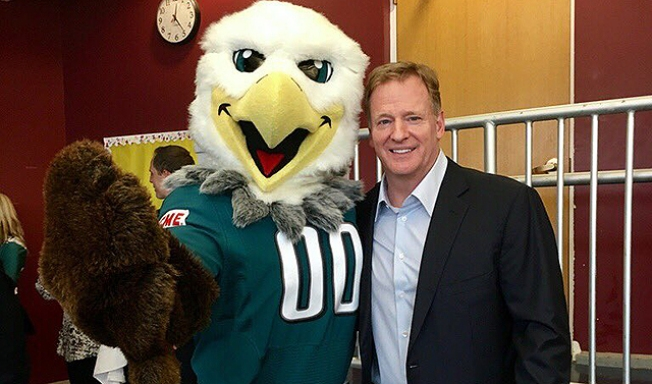 Roger Goodell Visits Swoop Then Gets Blasted On Twitter Nbc 10