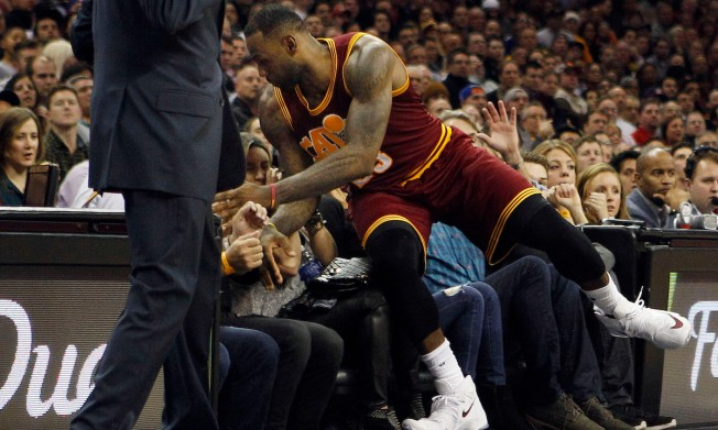 LeBron Crashes Into Wife of Golfer Jason Day in Cavs' Win