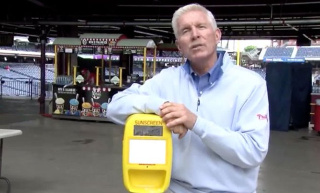 Mike Schmidt Shows Off New Sunscreen Dispensers at Citizens Bank Park