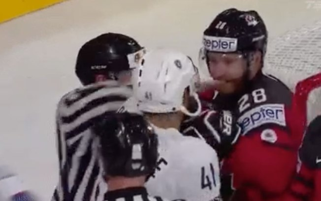 Giroux and Bellemare Have an Impolite-looking Conversation at World Champs