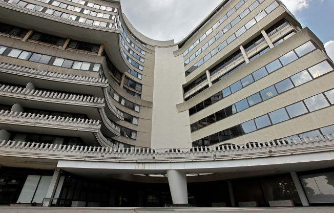 Watergate Wanted by Six Hotel Chains: Lender