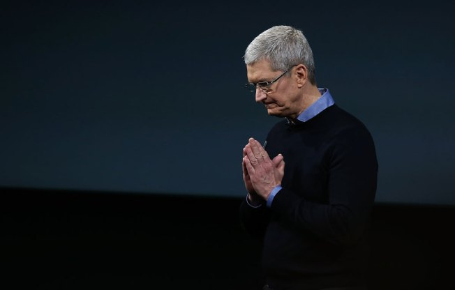 Apple Pledges $1 Billion Boost to US Manufacturing