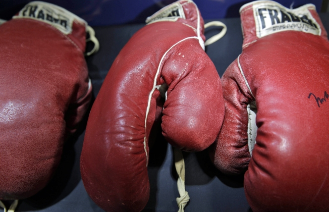 Ali-Liston Gloves Fetch Nearly $1 Million at Auction