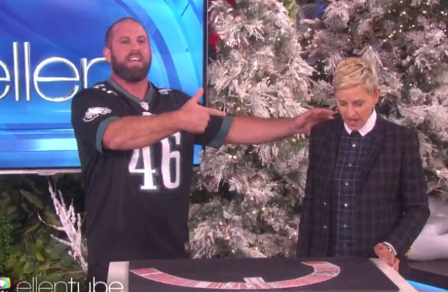 Jon Dorenbos Magically Appears on 'Ellen' Yet Again