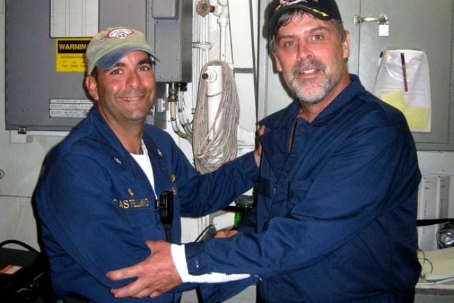 Navy Seals Rescue U.S. Captain, Kill Pirates