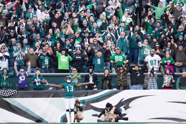 Miller Lite Fixed Their Free Beer Faux Pas for Eagles-Saints