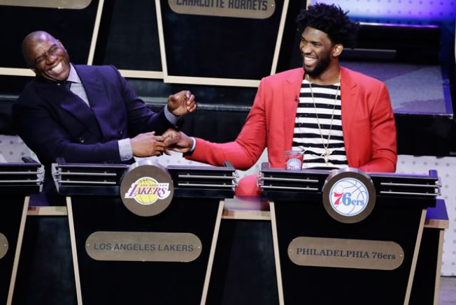 Brett Brown Believes Sixers Not Getting Lakers' Pick in 2017 Is a Good Thing