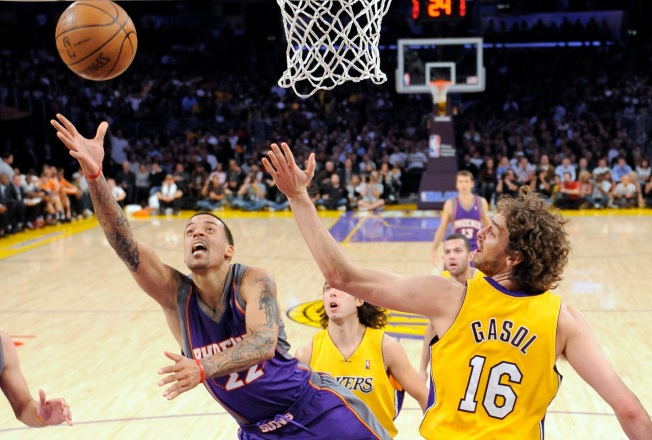 NBA Wrap: Lakers Squeeze Past Suns 115-110