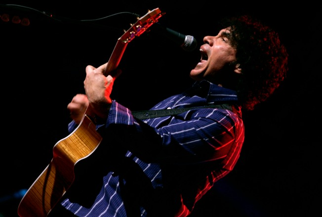 """Hall """"Can't Go for That,"""" Oates to Fill-in for Anthem"""