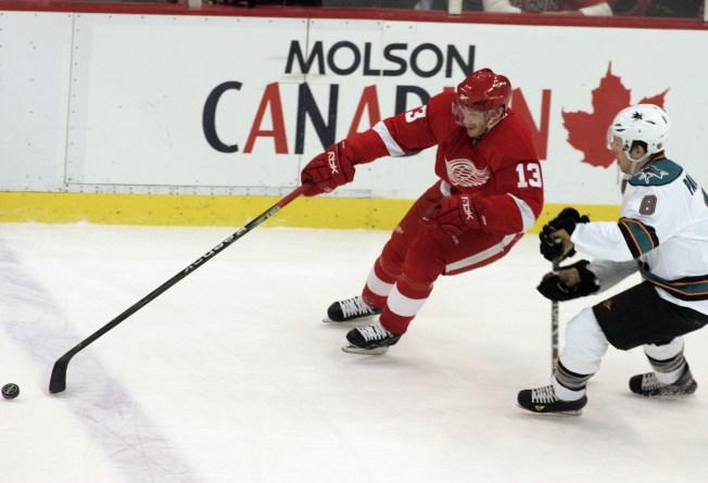 NHL Last Night: Red Wings Crush Sharks 6-0