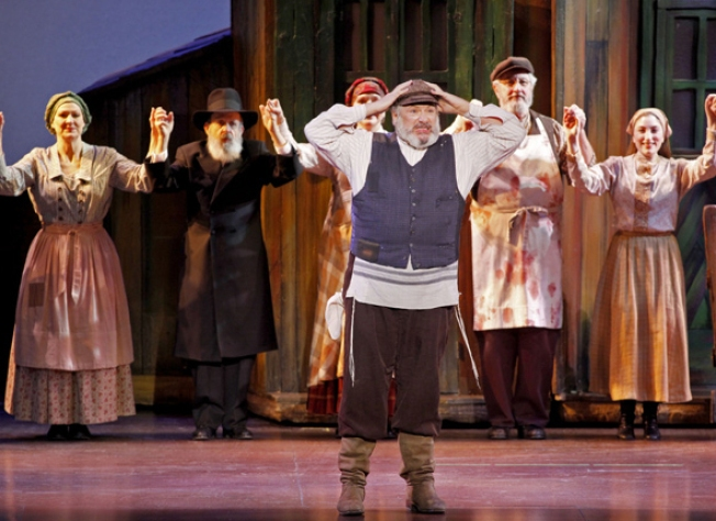 10 Spotlight- Fiddler On The Roof