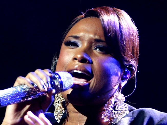 Jennifer Hudson Gives Chicago Concert For First Time Since Family Murders