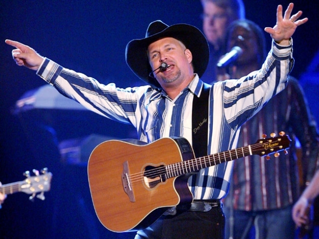 Garth's Still Got It: Brooks' Vegas Shows Sell Out