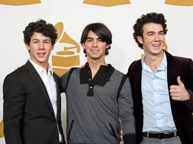 Jonas Brothers To Celebrate Grammy Nomination With Football & Pinkberry