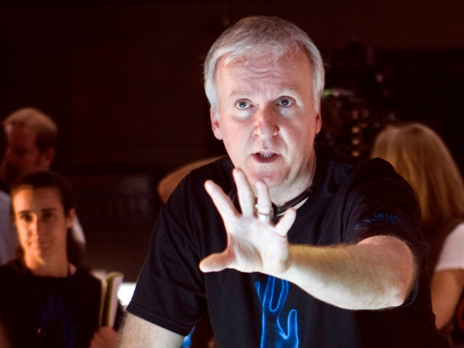 "James Cameron: ""I Really Couldn't Care Less"" About ""Hurt Locker"" Producer's Anti-""Avatar"" E-mails"