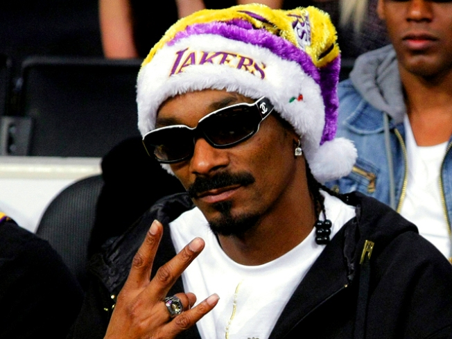Snoop Dogg Wants Out of the British Dog House