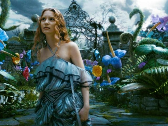 Depp, Burton Lift 'Alice' To $41M Opening Day