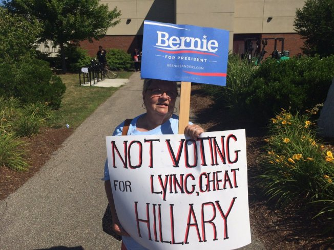 Will Bernie Sanders Supporters Back Hillary Clinton Now That Sanders Has? Think Again