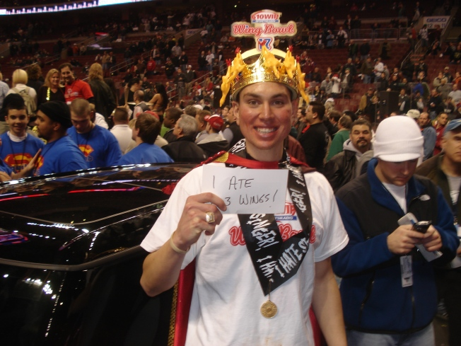 """Wing Bowl Mania: """"Super Squibb"""" is King"""