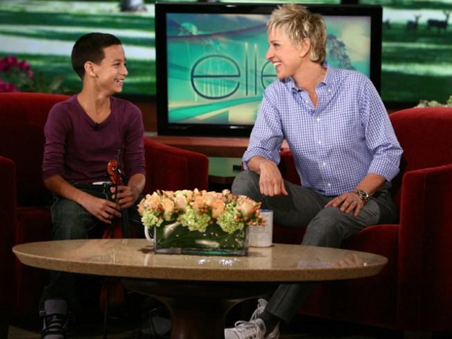 """""""Ellen"""" Visit Pays Off for Violin Prodigy"""