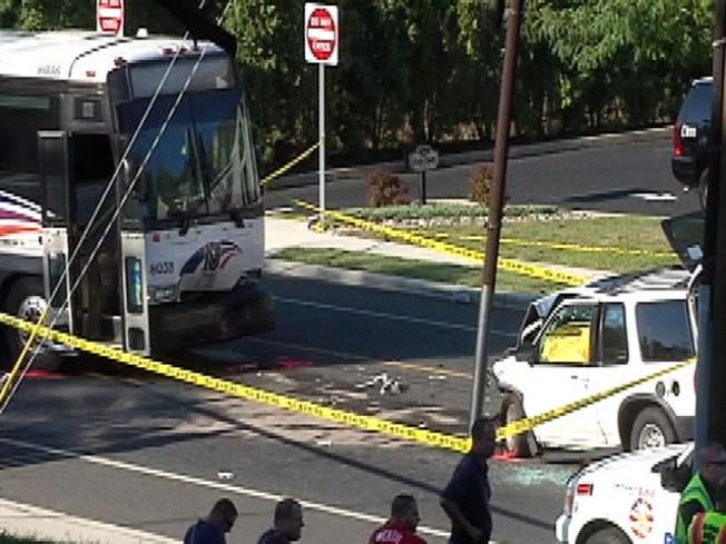 1 dead 10 injured in nj transit bus crash nbc 10 philadelphia. Black Bedroom Furniture Sets. Home Design Ideas
