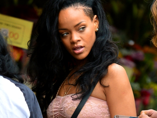 "Rihanna Admits to Oprah: Chris Brown ""Needed Help"""