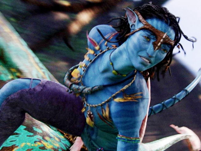 """Avatar"" Sinks ""Titanic"" as World's Highest-Grossing Movie"