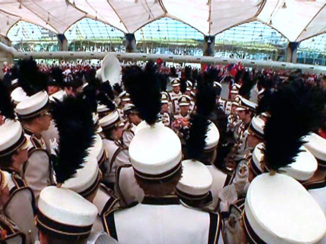 Nebraska High School Marchers Step in for Stranded Band