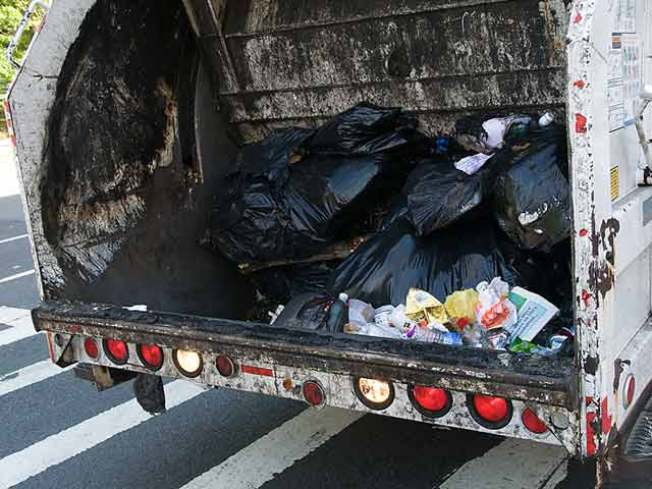 Woman Allegedly Assaults Garbage Man for Not Picking Up Trash