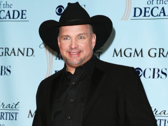 Garth Brooks Roped Out of Retirement