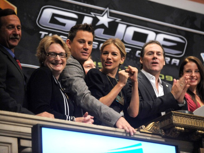"""G.I. Joe"" Bypasses Coasts, Aims at Middle America"