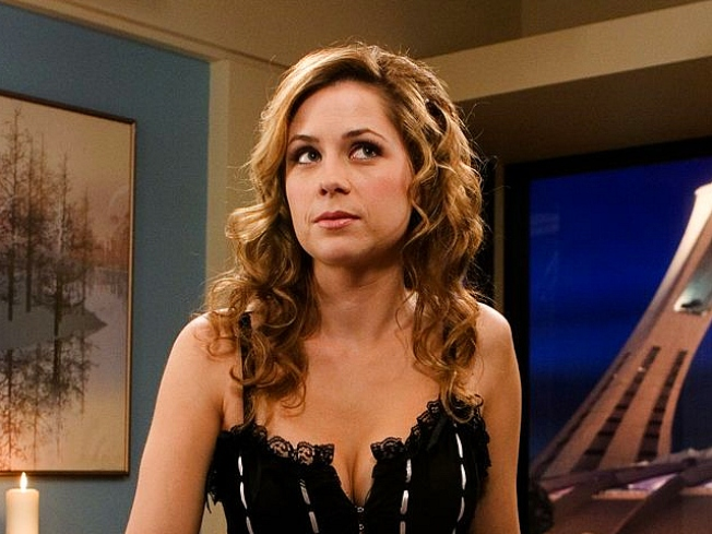 """Jenna Fischer on Steve Carell's Possible """"Office"""" Departure: """"I'd Hate to See Him Go"""""""