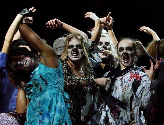 10/20: Drambuie, Dancing and Dozens of Screams