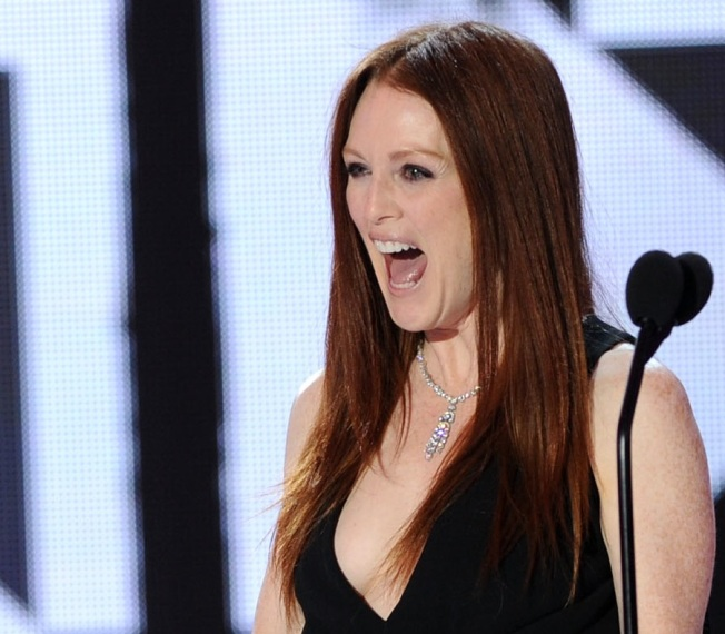 Julianne Moore to Star as Sarah Palin on HBO