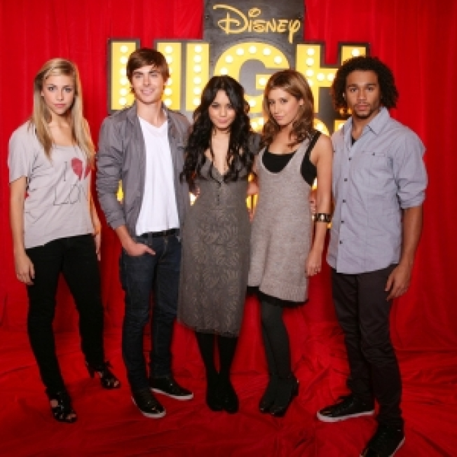 'High School Musical 3' Dances Away With Box Office Again With $15M
