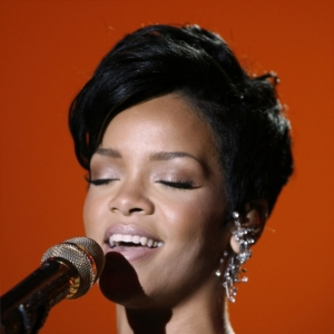 Rep: Rihanna Is 'Perfectly Healthy' After Rumored Fainting