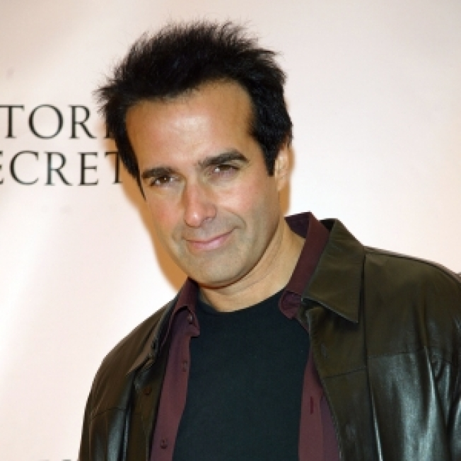 Copperfield Assistant Injured In  Illusion Gone Wrong
