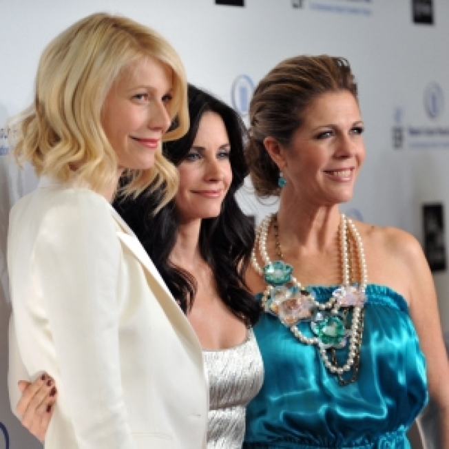 Gwyneth, Courteney & More Party For A Good Cause In Beverly Hills