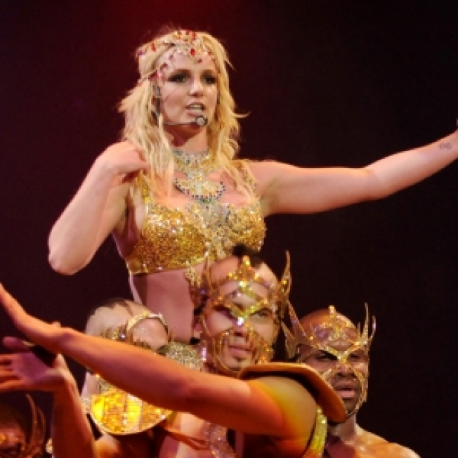 Britney Spears Finds New 'Circus' Opening Act