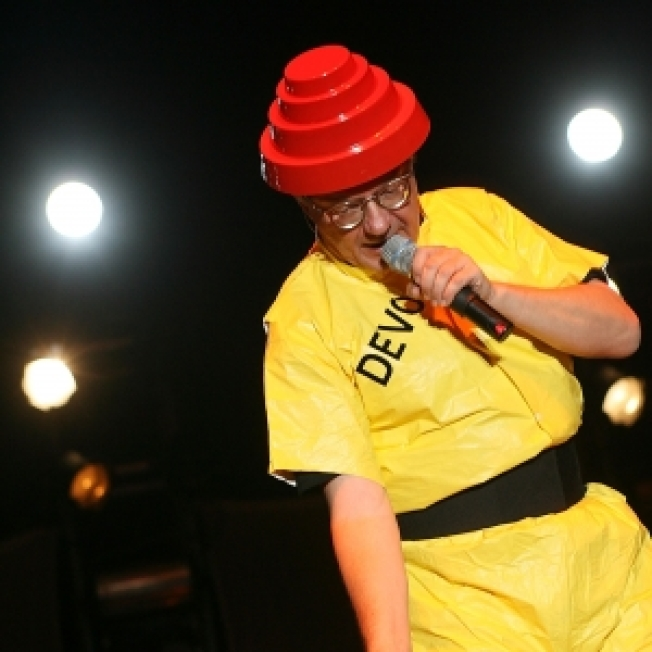 On The Downlad: SXSW - Devo, Freeland & The Cheek!