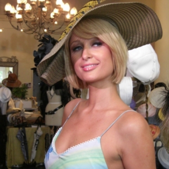 Paris Hilton's Not-So-Simple Life: She's Unsure Who Pays Her Bills, Prefers Letterman To Leno