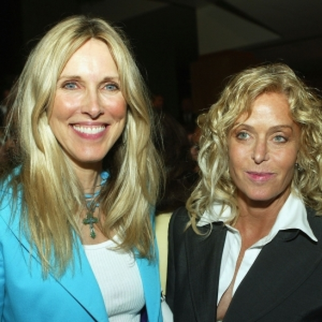 Alana Stewart To Publish Farrah Fawcett Diary