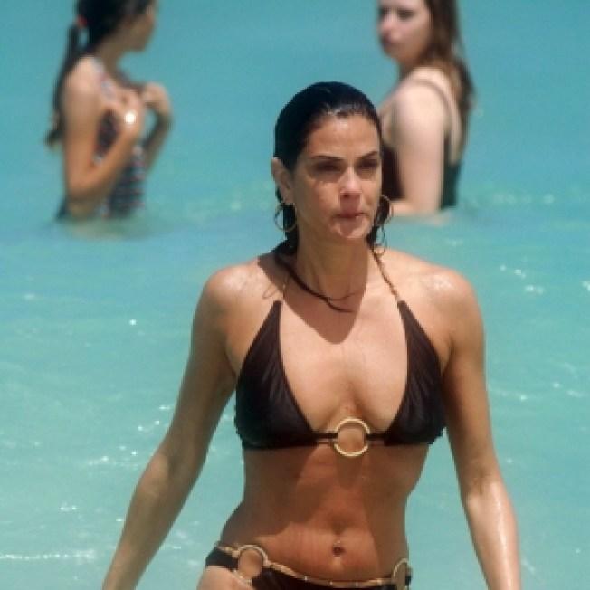Glam Slam: Celebrity Shape Up Secrets Week — Bikini Body Workout